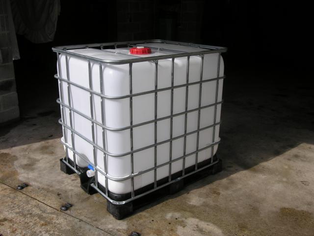 quelle pompe pour collecteur eau de pluie nettoyeur. Black Bedroom Furniture Sets. Home Design Ideas
